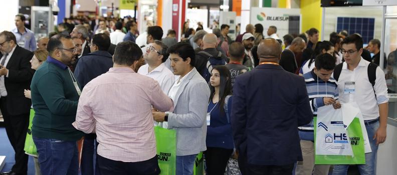 Avanços na tecnologia, falta de incentivo governamental e tributações são temas do primeiro painel do congresso Ecoenergy